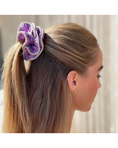 Lilje Scrunchie – Blomstermix 22 - Lilla - By Stær
